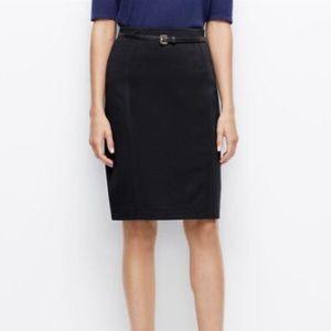 Ann Taylor Black Pencil Skirt rayon size 2 GUC